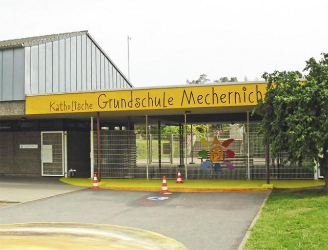 Fassadenschild Grundschule Mechernich
